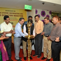 Dr Tandon, IMA National Secretary inaugurating the IUI workshop organised by IFS kerala Chapter on 19th August 2017 at Kozhikode